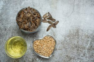 Подсолнечное масло: преимущества и пищевая ценность