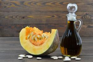 Тыквенное масло – польза, вкус, преимущества